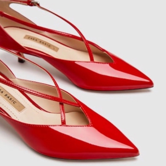 169cff72e7d NWT Zara Red Mid Heel Patent Leather Kitten Heels NWT
